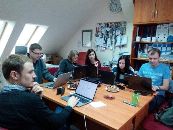 image: Workshop z prof. Robertem Entmanem i dr Curdem Knüpferem...